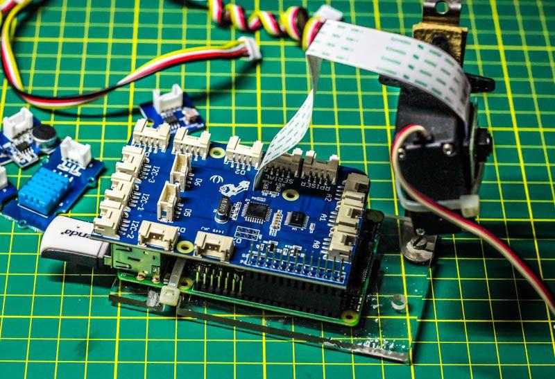 Grove Pi+ Robot