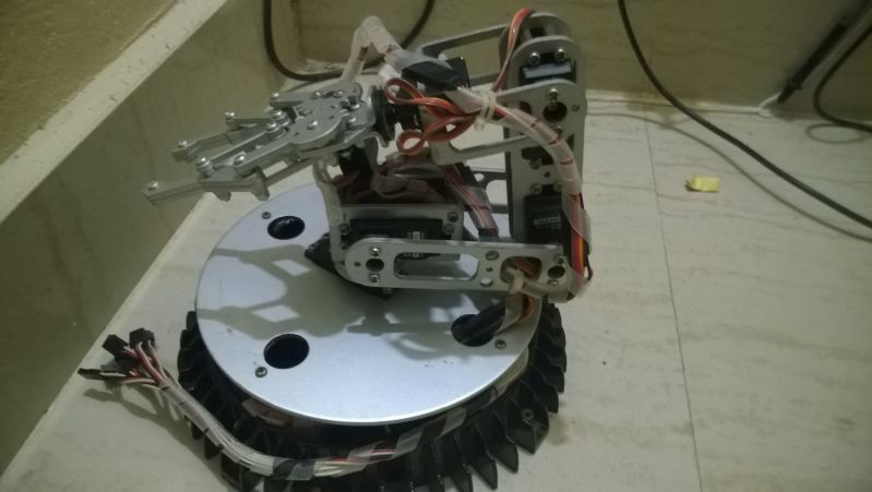 robot arm controlled from Android Phone