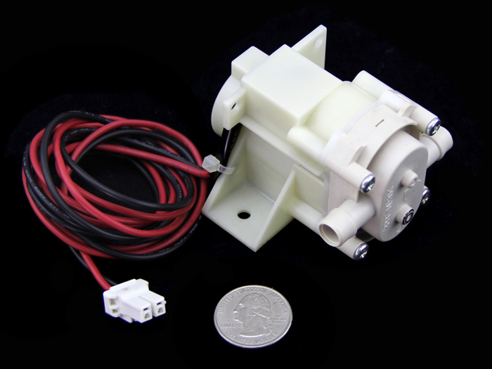 //statics3.seeedstudio.com/product/12V DC water pump_03.jpg