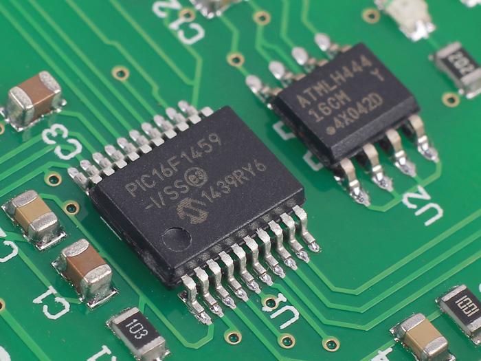 Make!Sense Max with USB micro cable