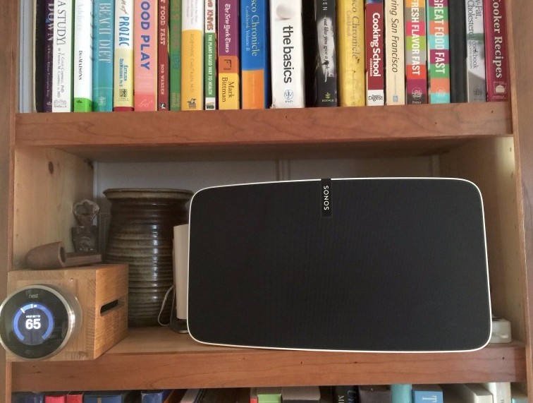 Met SAM (Sound and Music) - integrates SONOS into the home