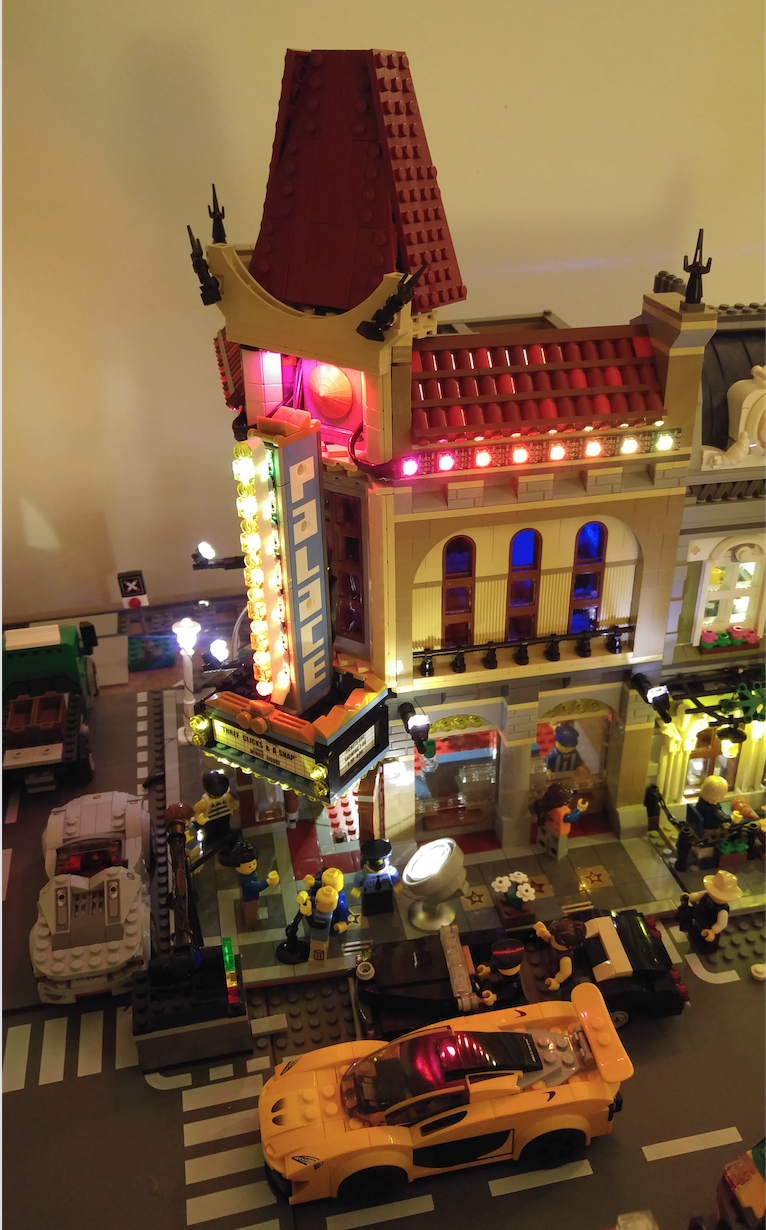 LEGO Palace Cinema – Wio Link, Addressable LEDs