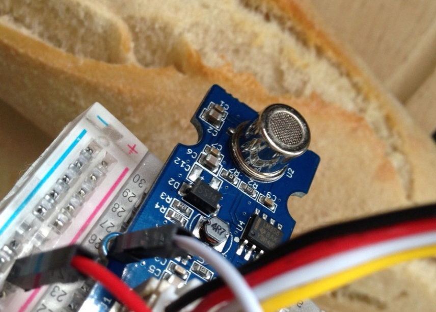 ESP8266 and Air Quality sensor