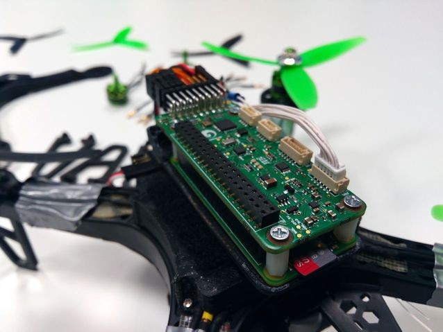 How to use raspberry pi to make a four-axis drone